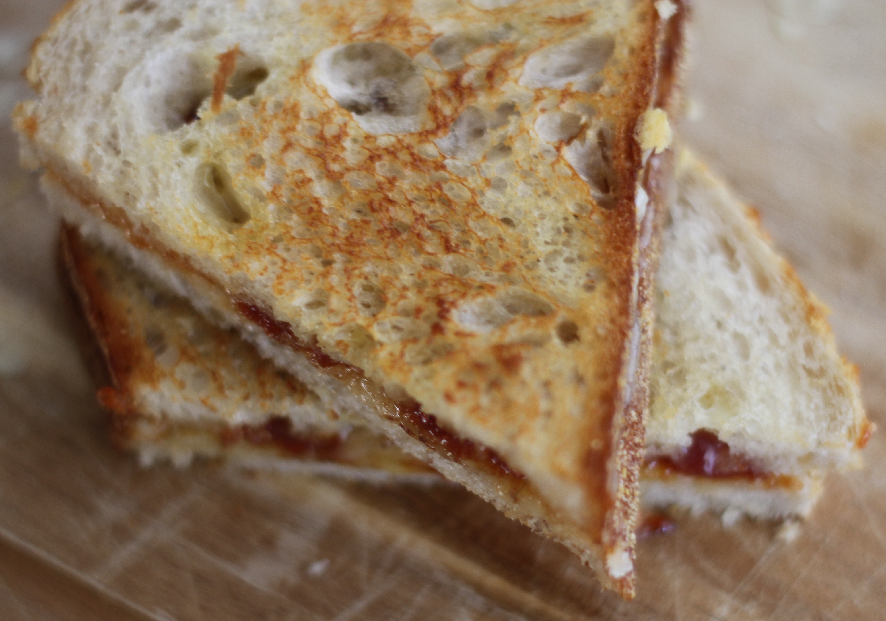 Grilled Cheese Sandwich with Blue Chair Fruit – Laundry In Louboutins